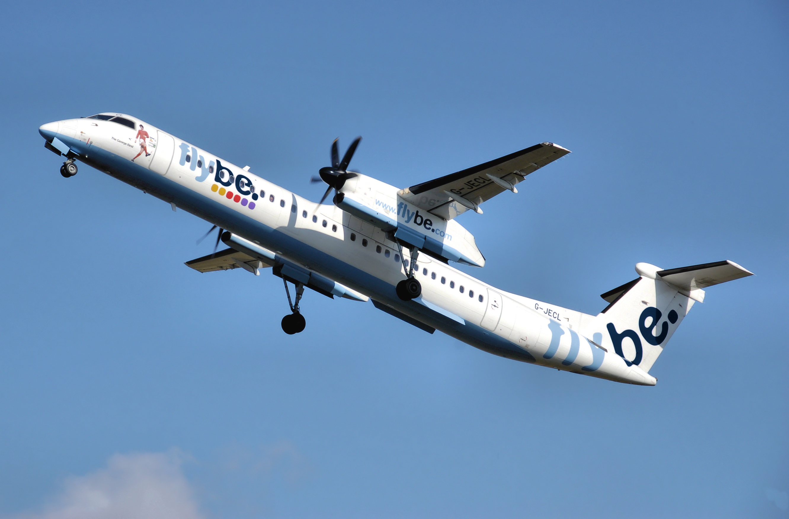 Bombardied Dash 8 Q400