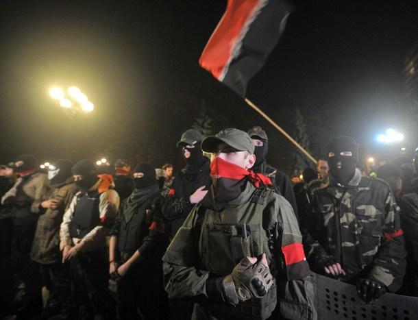 Right-Sector-gunmen-take-boy-h_1