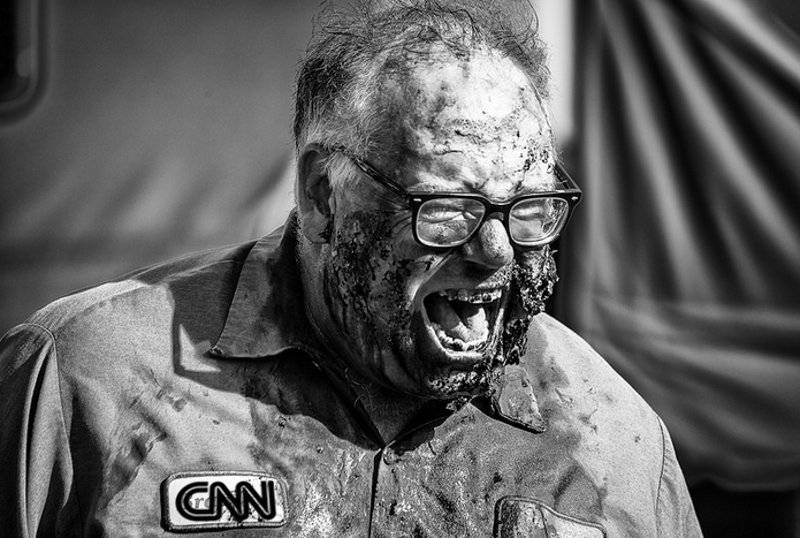 CNN zombie mechanic - mashup courtesy Mobilus In Mobili