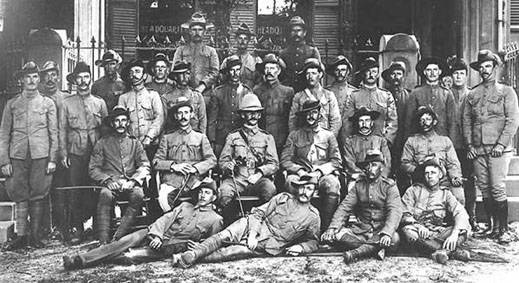 An Australian unit under British command in China, 1900. Source: http://aussiesatwar.com.au/conflicts-battles/boxer-rebellion/