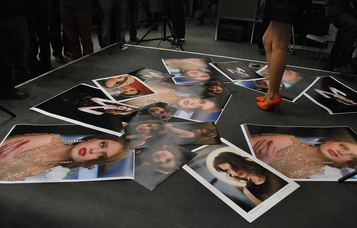 """Photo-photo-shoes-photograph"""