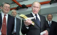 Russia is stocking up on gold