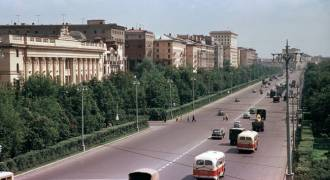 Nostalgic Photos of Moscow in the 1950s.  Zero Traffic!