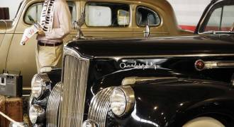 Moscow's Flashy Vintage Cars