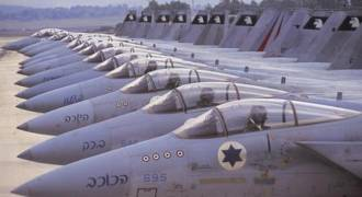 Israel Threatens to Hit Syria's S-300s With Russian Advisers on Board if Israeli Planes Struck Over Israel