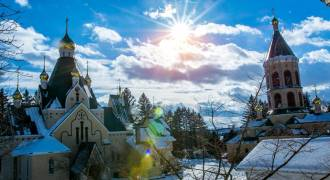 Miracle in Upstate New York - a Russian Monastery and Seminary From Another World (Jordanville)