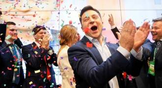 Ukrainians Gamble on Zelensky: Will He Fight For Them, or Will He Be Another US Puppet?
