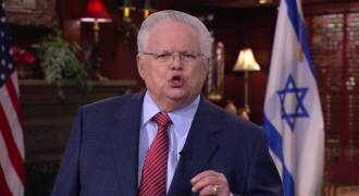 Pastor Hagee Applauds Trump For Signing Executive Order Combating Anti-Semitism (Video)
