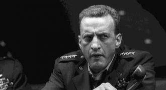 Spy Chiefs Want Infinity War. Trump Counters: Bomb Iran!