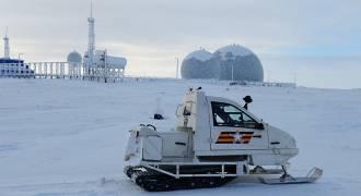 Snowmobile-Borne Arctic Battle Royale: How Could It Happen?