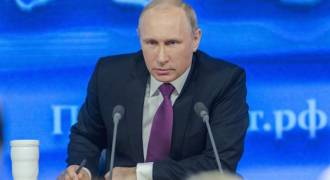 Putin: Dollar Is a Threat to Russian Security, Does Not Deserve to Be World Reserve Currency
