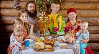 Husbands Must Have Final Authority, Listen To Wife and Children - Official Position of the Russian Church