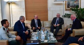 US in Syria Illegally, a Proxy for Israel / S. Arabia - Trump Is Israel's Errand Boy