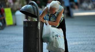 1 in 5 German Elderly Live in Poverty - How Open Borders Impoverish Native Germans