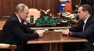 Putin Eliminates the Medvedev Faction From the Kremlin