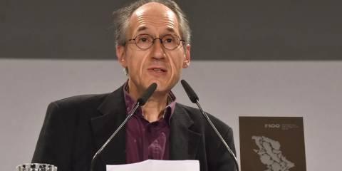 Главный редактор Жерар Биар на вручении премии в Потсдаме защитил карикатуру на утонувшего мальчика как вклад дело мира