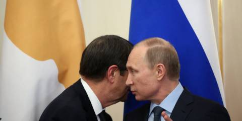 President Vladimir V. Putin of Russia receiving his Cypriot counterpart, Nicos Anastasiades, in Moscow in February | Photo: Sasha Mordovets, Getty Images