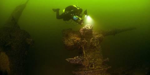 Шведам, наконец, удалось найти российскую подводную лодку в своих территориальных водах. Затонувшую в 1916 году. На ее месте вполне могла быть современная английская...