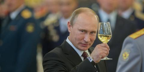 'Surprise Guest' Putin Ruffles Feathers With Plan to Attend Euroskeptic Austrian FM Wedding