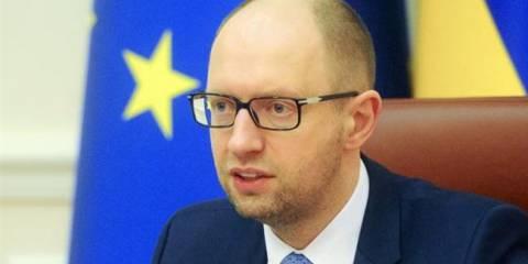 Арсений Яценюк ведет Незалежную к экономической катастрофе