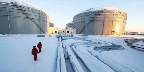 Российская нефтянка презрела санкции и низкие цены, но не совсем