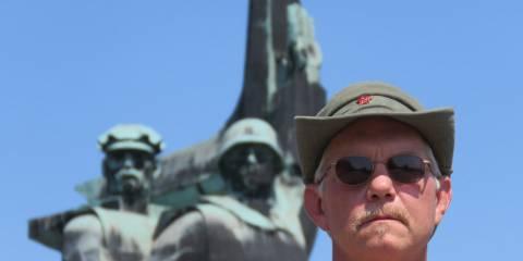 Американец воюет за Новороссию, рискуя жизнью, здоровьем и гражданством