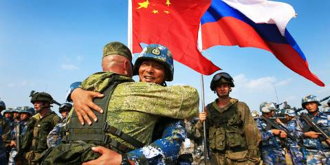 A Russian-American Alliance vs China Is an Absurd Proposition. The US Is a Declining Power With Little to Offer