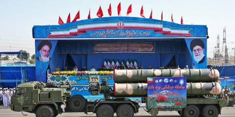 Israeli Outlet Claims Russia Imported Iranian Crews to Operate Syria's New S-300 Anti-Air Missiles