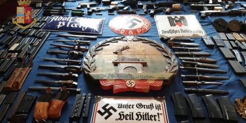 Italy Seizes Weapons From Neo-Nazis... Media Fabricates a Link to Russia