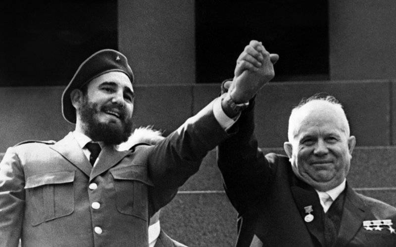 The Daily Beast used a photo of Castro with Nikita Khrushchev, who's been dead for 44 years