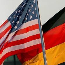 За последнее время США сильно опустились в глазах немцев