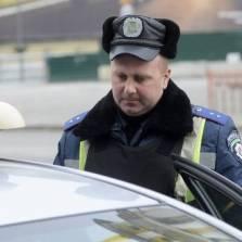 Деньги кончились? Украинская милиция готова брать водкой