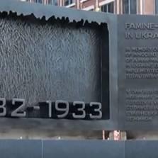 В Вашингтоне установлен мемориал жертвам голодомора ... только на Украине. А остальные не считаются