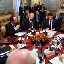 As winter approaches, Putin's hand is even stronger, as the crisis begins to transform from a military confrontation into a confrontation between Ukraine and Europe over the supply of Russian natural gas
