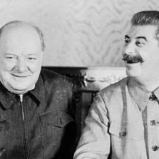 """Уинстон Черчилль выморил голодом миллионы британских подданых индийцев во время """"Бенгальского геноцида"""" 1942-1943 годов"""