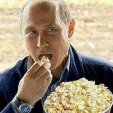 As Trump Tears up the Iran Deal, the Russians Bring out the Popcorn
