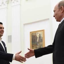 Пытаясь усидеть на европейском и российском стульях одновременно, Греция рискует упасть