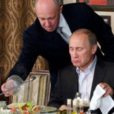 US Sanctions 'Putin's Chef' Over 'Russian Cyberattacks'
