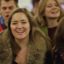 Beautiful! Russian Flashmob Sings Famous WW2 Song (Smuglyanka)