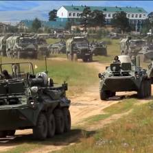 300,000 Troops & Thousands of War Machines: Russia Starts Biggest Military Drill in Decades