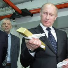 Goodbye Petrodollar: Russia and China Dump US Treasuries, Buy Gold