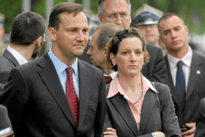 Sikorski admits it is highly unlikely Russia would ever invade Poland