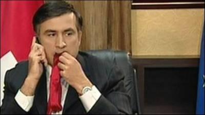 Грузинские власти заявляют, что по-прежнему будут настаивать на экстрадиции бывшего президента на родину.