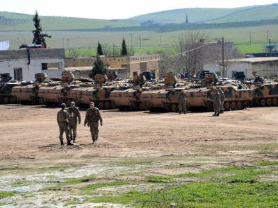 Turkish military on the Syrian border -- what could possibly go wrong?
