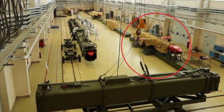 <figcaption>The new Burevestnik nuclear-powered cruise missiles coming off the assembly line</figcaption>