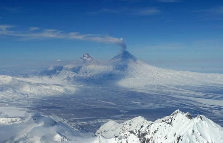 <figcaption>Klyuchevskoy volcano (archive)</figcaption>
