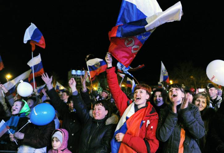 Australia should stop using MH17 and Crimea as cheap excuses to tarnish relations with Russia