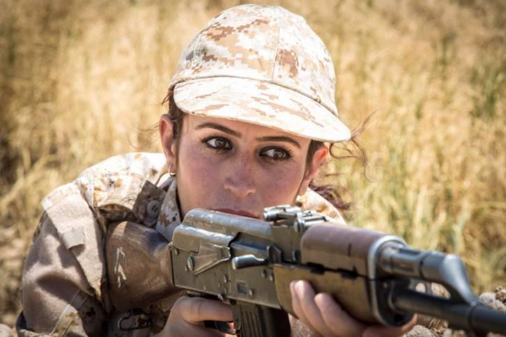 <figcaption>A Yazidi fighter</figcaption>