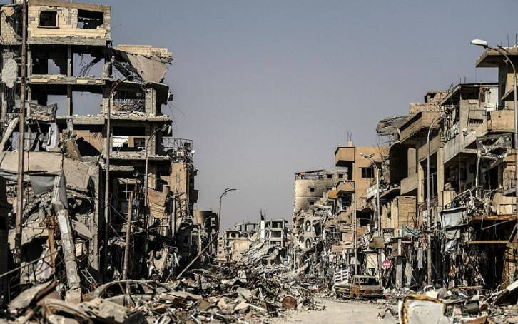 <figcaption>Raqqa -- the most bombed out city in Syria, handiwork of the US</figcaption>