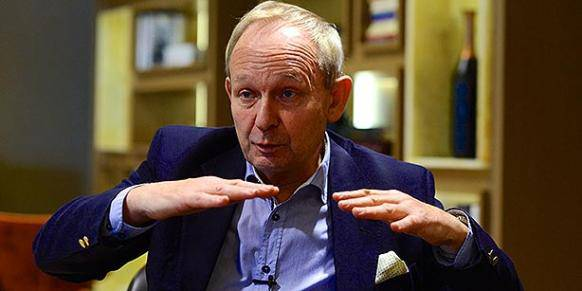 <figcaption>Alastair Crooke, director and founder of Conflicts Forum based in Beirut </figcaption>